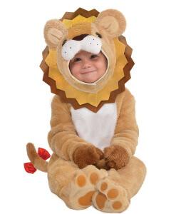 Baby im Löwenkostüm für Dschungelparty