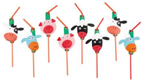 Strohhalme für den Bauernhof-Kindergeburtstag