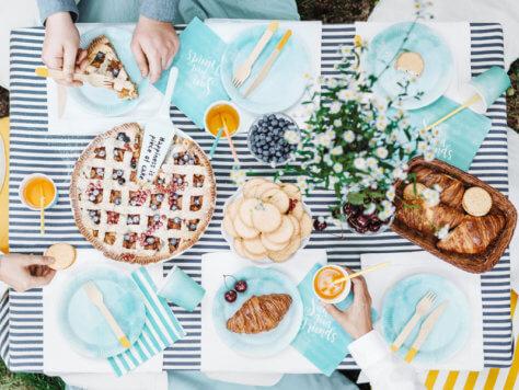 Nachhaltige Tischdeko Blau