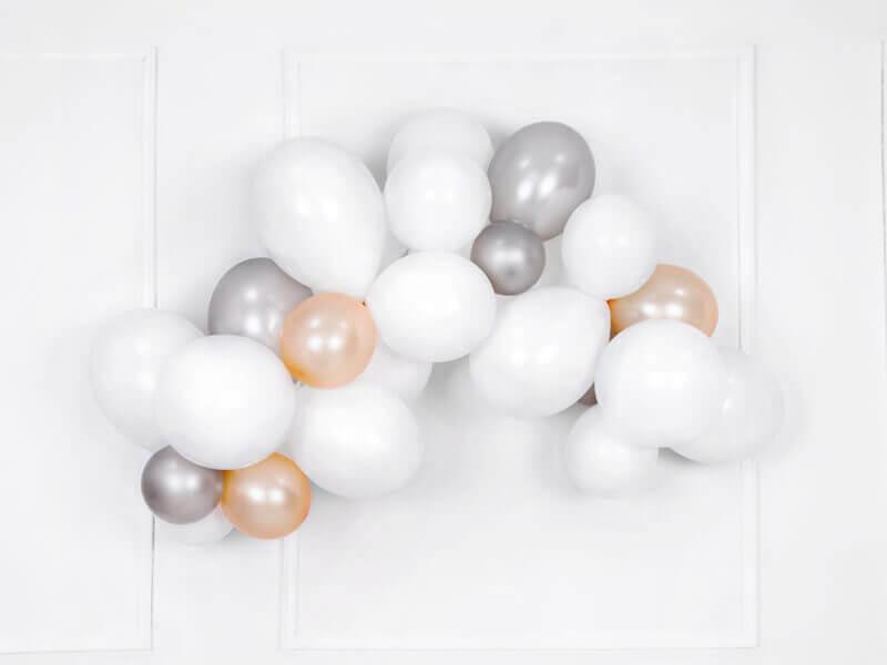 weiße Luftballon Girlande Deko
